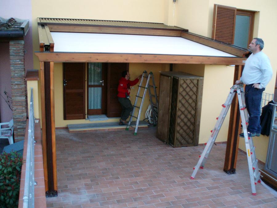 Struttura COUNTRY MED ELITE in legno e alluminio con tenda ad impacchettamento BY GIBUS 2 guide