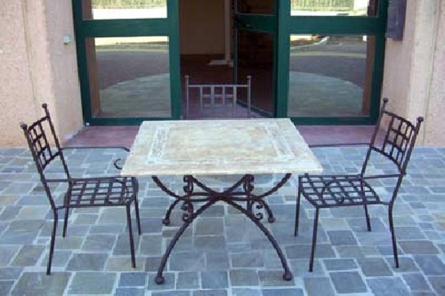Foto: Tavolo Antico - Sedie Moderne di Life Design #79257 ...