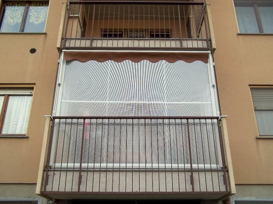 Foto: Tende Veranda Antivento Per Balconi Particolari Http://www.mftendedasoletorino.it De M.F ...