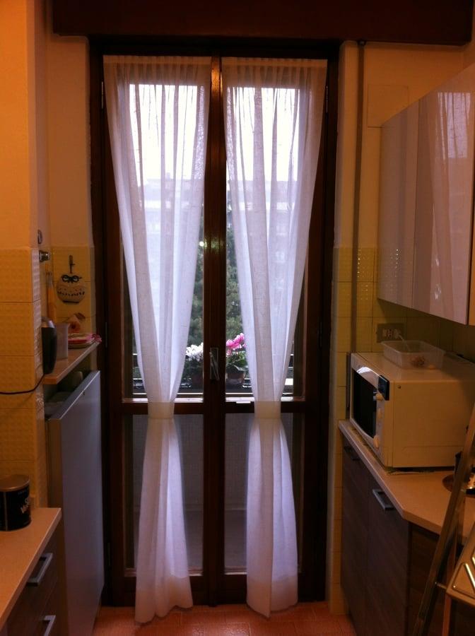 Foto tendine a vetro di savatteri snc 81695 habitissimo - Tendine da finestra cucina ...