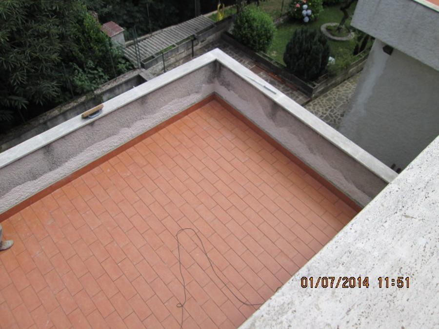 Terrazzo con parapetto la scelta giusta variata sul - Parapetto terrazzo ...