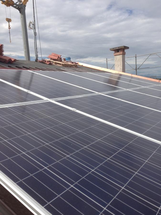 Tetto con Impianto fotovoltaico integrato
