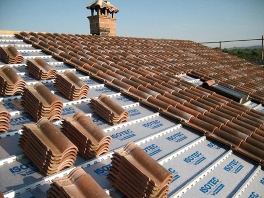 Casa moderna roma italy tetto ristrutturazione for Tetto della casa moderna