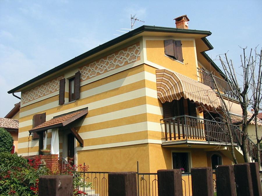 Foto tinteggiatura e decorazione esterna di amos vianelli 149828 habitissimo - Decorazioni muri casa ...