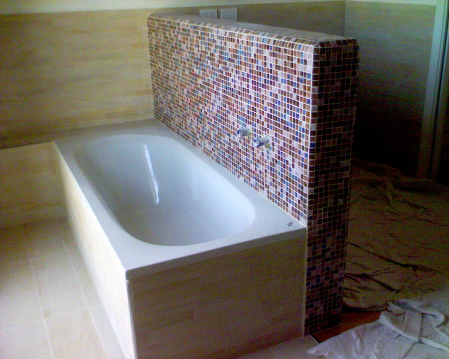 Vasca con Mosaico