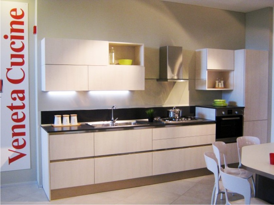 Foto veneta cucine mod ethica di mastro arredamenti for Aloi arredamenti