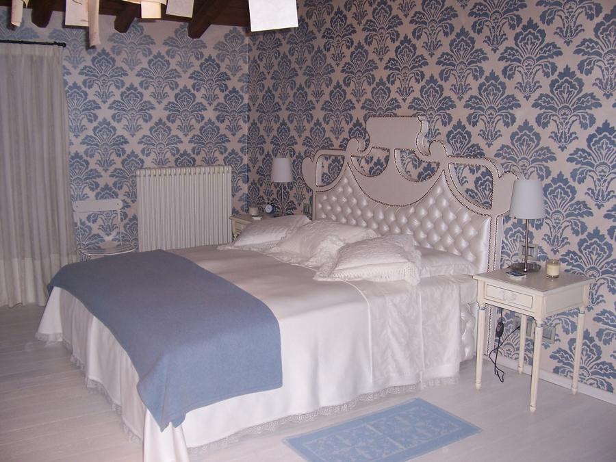 Foto verniciatura pareti in stencil di marcandalli for Foto stencil per pareti
