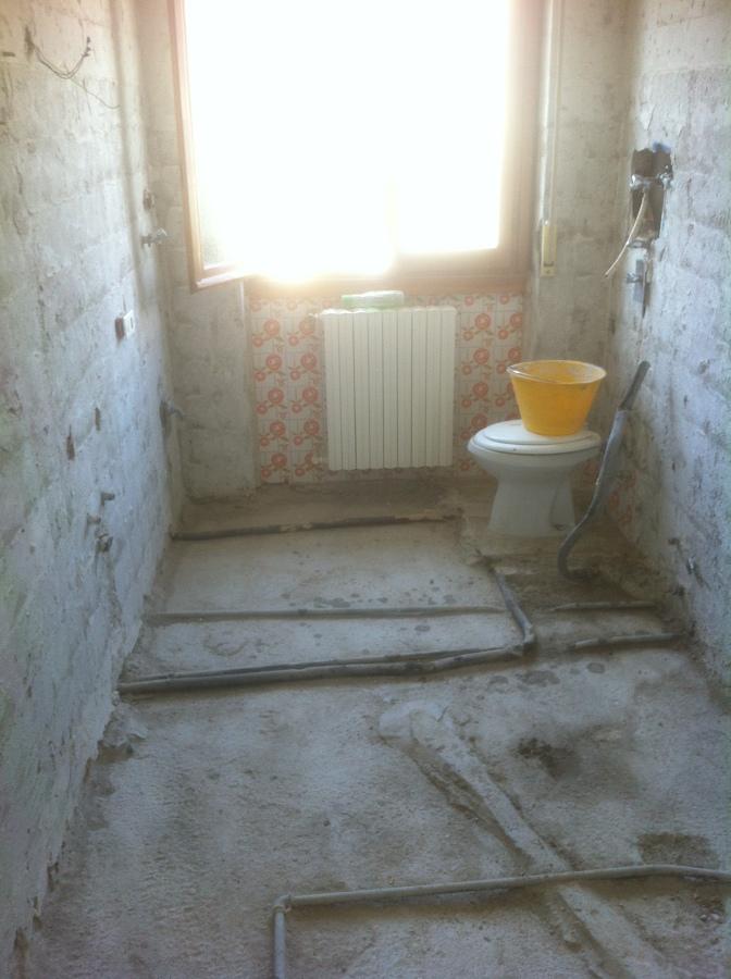 Foto: Demolizione Bagno di Commideal Sas #297467 - Habitissimo
