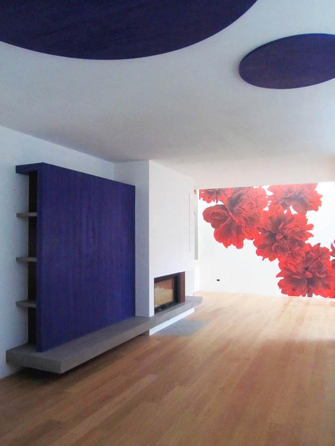 Foto zona living con camino di seven design snc 254996 for Living con camino