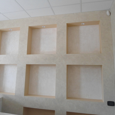 parete nicchie reception