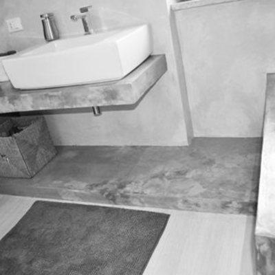 Ristrutturazione interna - da falegnameria ad abitazione