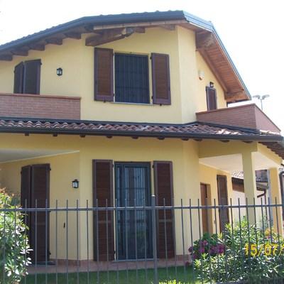 COSTRUZIONE A VALBONA (PAVIA) ANNO 2008/2009
