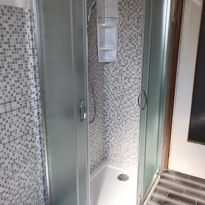 Trasformazione della vecchia vasca in una splendida e moderna doccia