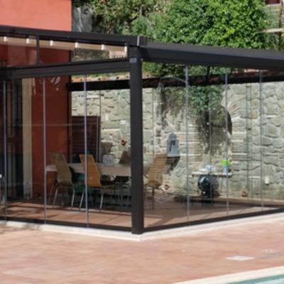 Pergola Mediterranea GIBUS con vetrate