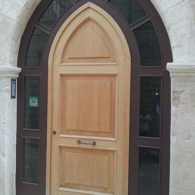 portoncino d'ingresso alluminio tinta legno + vetri