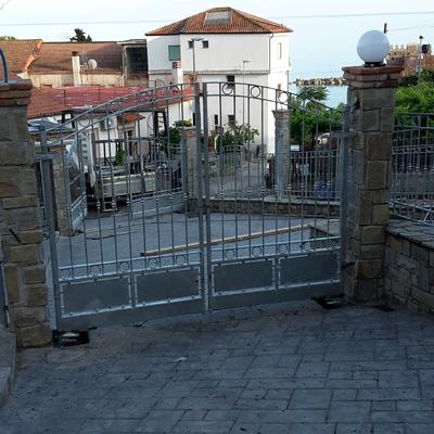 Cancello zincato
