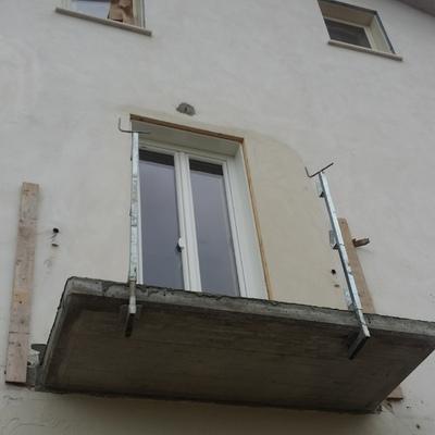 Balcone finito in cemento armato
