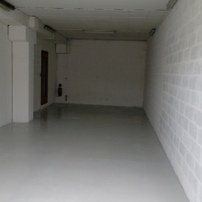 Tinteggiatura e pavimento in resina