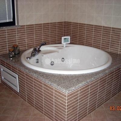 Prezzo per la categoria ristrutturazione bagni habitissimo - Costo rifacimento bagno completo ...