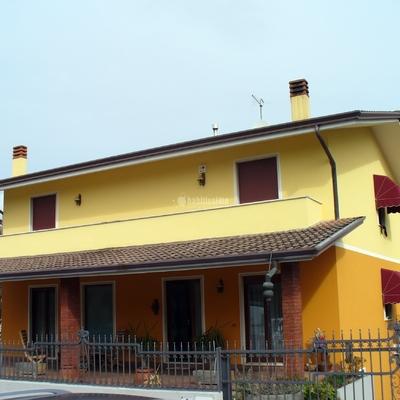 Prezzo per la categoria dipingere esterno casa habitissimo - Dipingere la casa ...