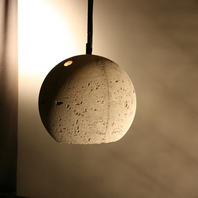 Dettaglio lampada ristorante berlinese