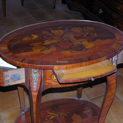 Mobili - Tavolino anticato