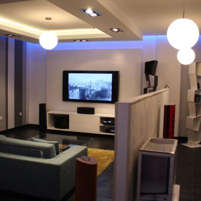 Doha, Quatar - Store HiFi Interiors