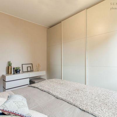 Armadio e como su misura per camera da letto
