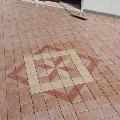 Pavimenti esterni con disegno