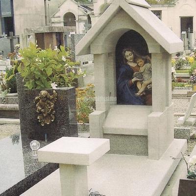 Pietra, Mosaico In Beola, Fontane