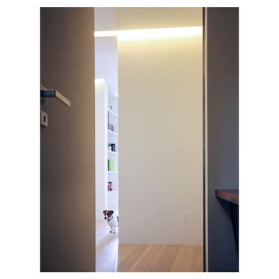 casa m - 2015, porta corridoio