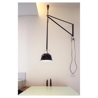 casa m - 2015, lampada su pranzo
