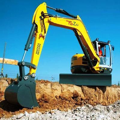 alcuni dei nostri macchinari / mezzi da lavoro