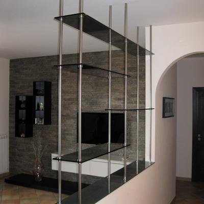 arredamento in vetro - scaffalature
