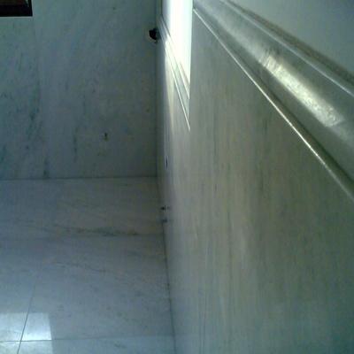 bagno in marmo pinta verde