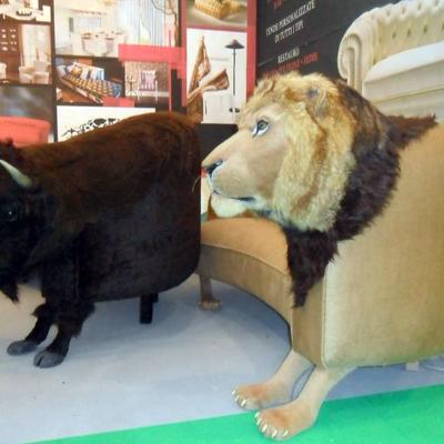 bufalo e leone brevetto opera unica