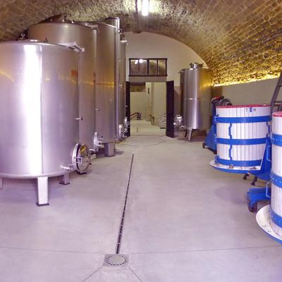 Restauro di cantina vinicola. Reggello (FI)