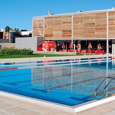 Copertura piscina esterna e pavimentazione in klinker