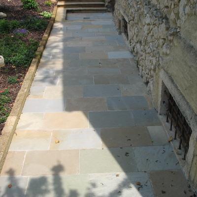 Pavimento esterno in pietra