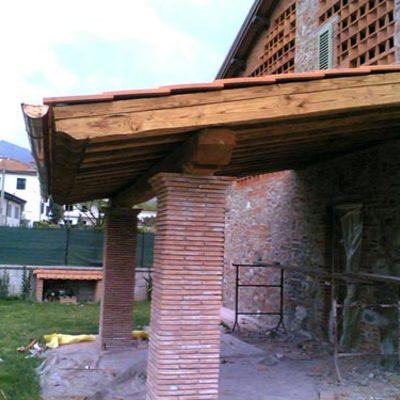 costruzione porticato