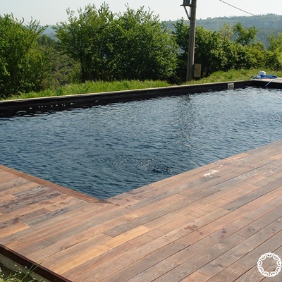 Dalia Luxury Piscina decking effetto lago nero