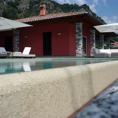 Dettaglio piscina privata