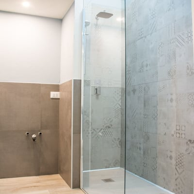 bagno moderno villa azzate