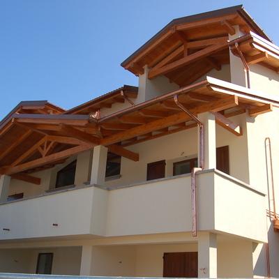 Realizzazione di Fabbricato con sei abitazioni e parti comuni