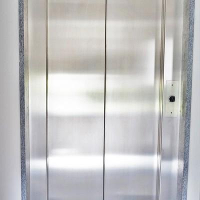 porta automatica in acciaio