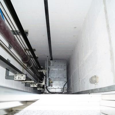 vano ascensore trattato con antipolvere