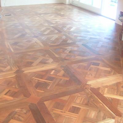 Posa e finitura pavimento in teak