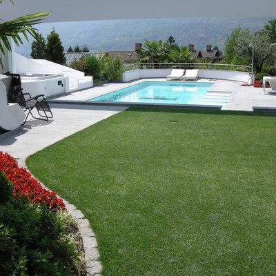 Progettazione e realizzazione giardino e piscina