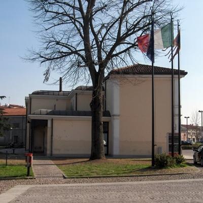 EDIFICIO MULTIFUNZIONALE DEL COMUNE DI TRIBANO (PD)