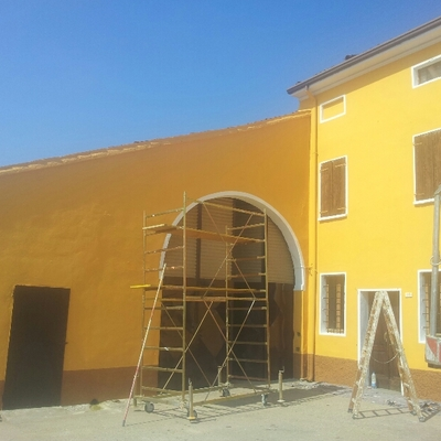 facciata esterna a più colori